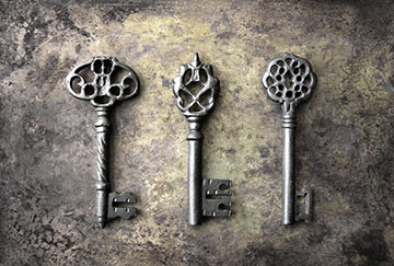 Three Key Advantages of Enterprise - three vintage keys